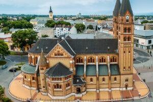 Magyarok Nagyasszonya-társszékesegyház Nyíregyháza